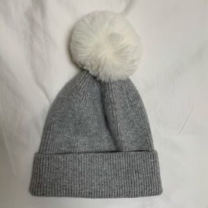 Anthropologie pick a Pom beanie and faux fur Pom